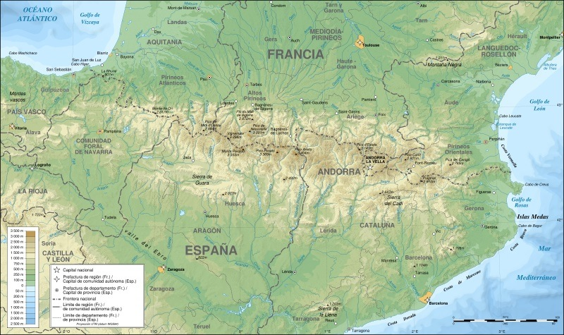 800px-Pyrenees_topographic_map-es